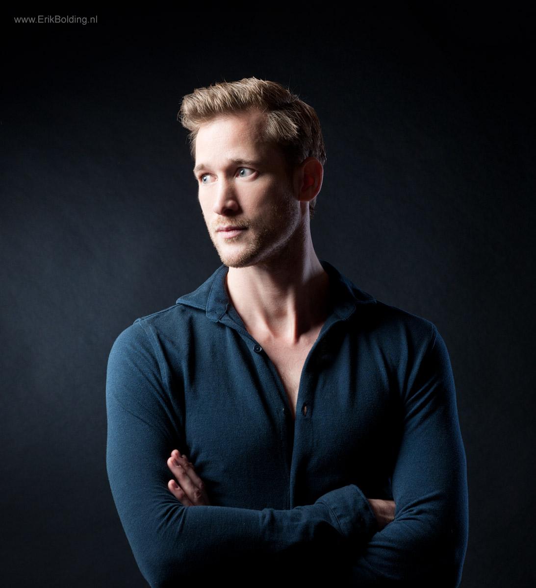 Ongebruikt Meer foto's van mannen of mannelijke modellen in de studio in IG-32